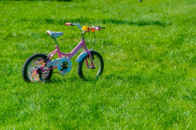 bicycle-1713165_640