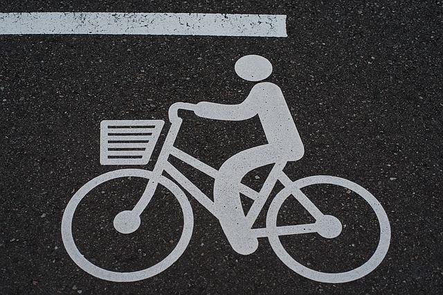 bike-1389088_640