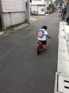3歳へんしんバイク 練習