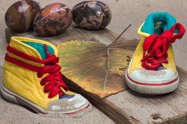 shoes-1567841_640